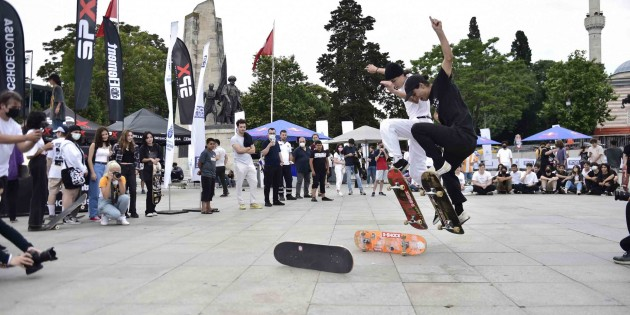 Yüzlerce kaykay tutkunu, SPX Skate Fest'te buluştu